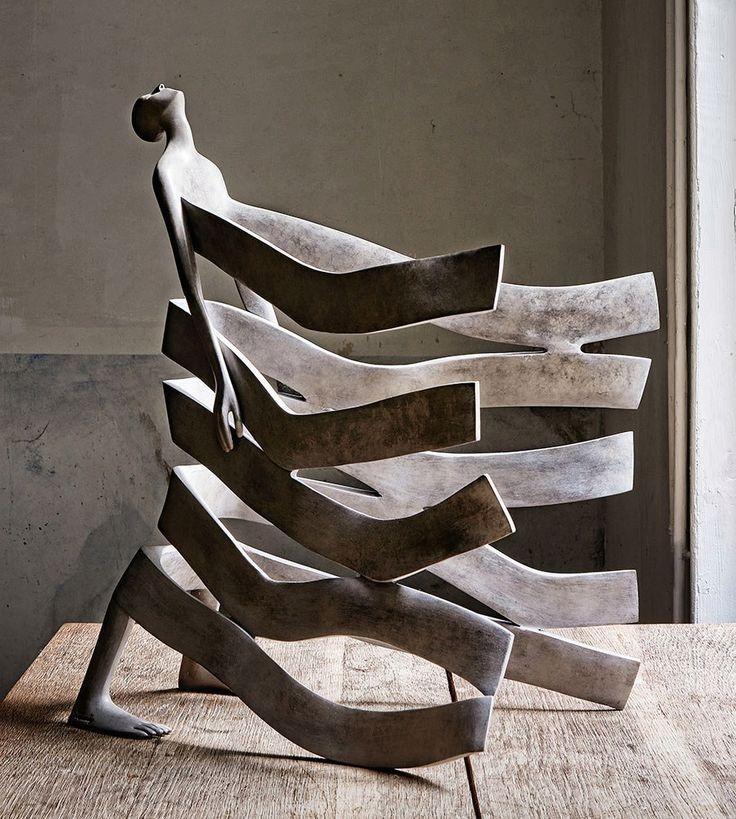 современная скульптура Isabel Miramontes