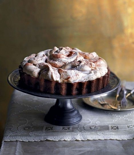 479465-1-eng-GB_chocolate-meringue-pie
