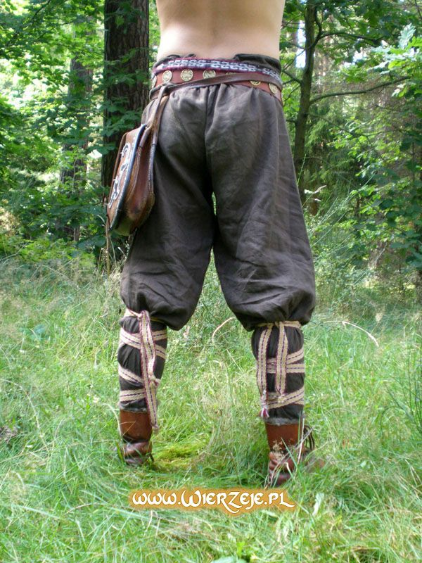 Viking Trousers... So much more comfy than modern day jeans!!! www.wierzeje.pl/...