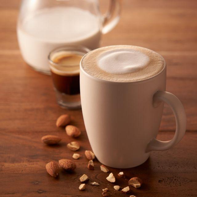 アーモンドミルク ラテ スターバックス コーヒー ジャパン 2020 アーモンドミルク アーモンド スターバックス