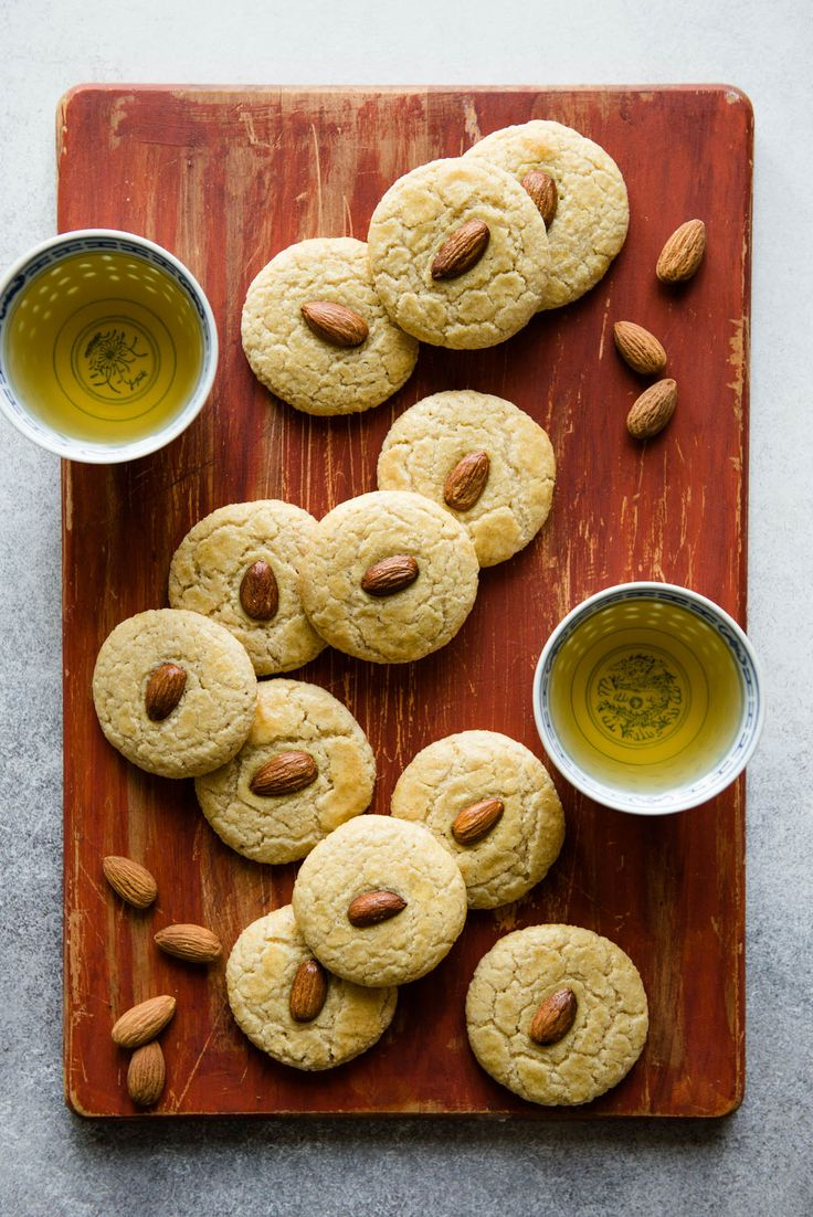 Gluten-Free Chinese Almond Cookies - great for the holiday season or for any party! #ad #dessert #glutenfree