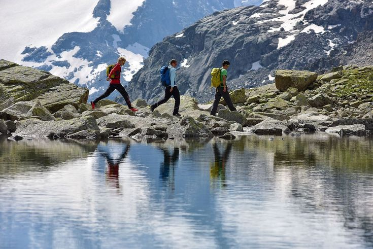 Hiking in Pontresina, official website