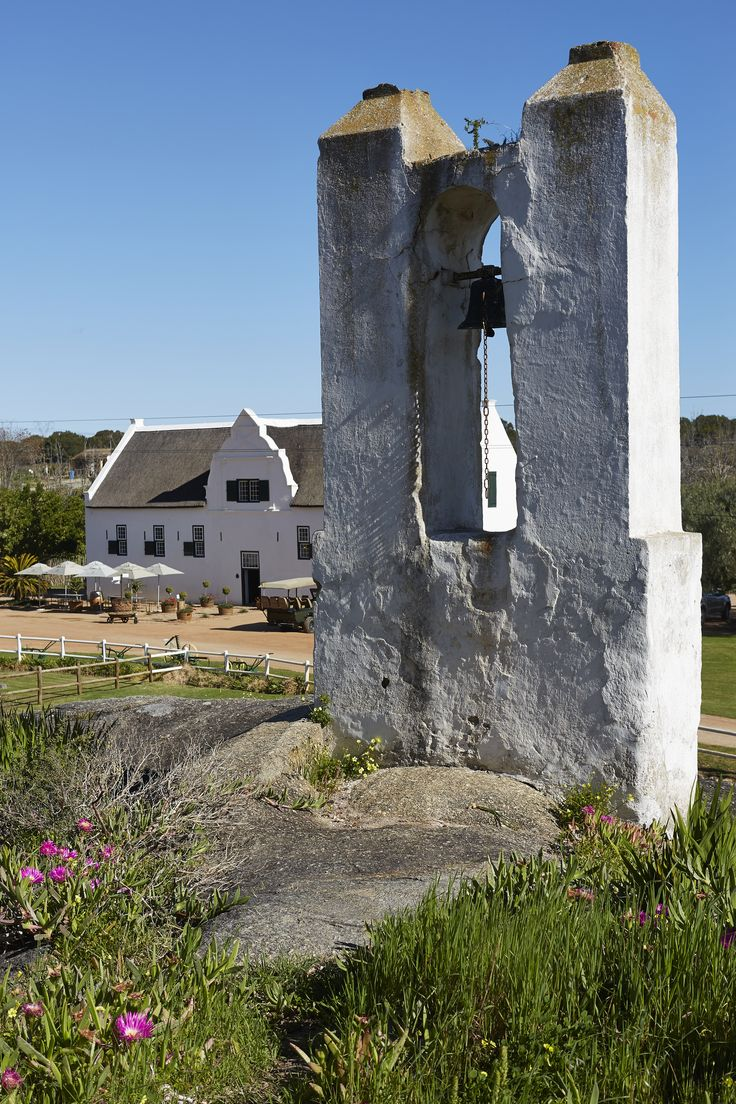 Groote Post is an 18th century farm in the darling region close to the Cape's west coast. This enclave within Swartland is enclosed to the cool influence of the atlantic ocean.