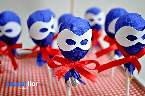 Detalles de fiesta del Capitán América