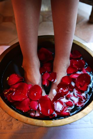Foot pedicure and massage for her