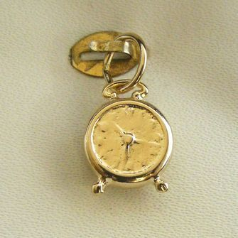 Buy our Australian made Alarm Clock Charm - chr-0561 online. Explore our range of custom made chain jewellery, rings, pendants, earrings and charms.