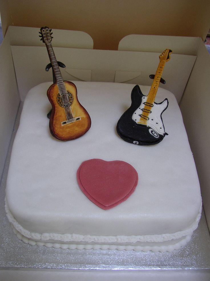 guitar anniversary cake