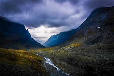 David Hjort - Nallo. A photo of Swedish mountains and stormy skies.