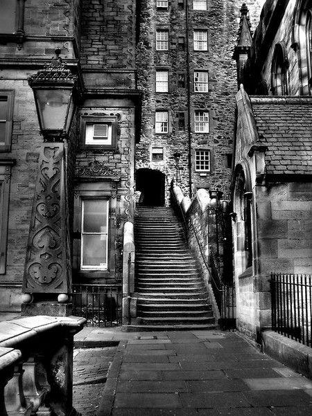 Entrance, Mylne'S Court, Edinburgh, Scotland