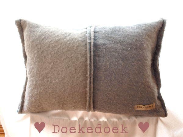 Kussen van oude wollen dekens, twee vlakken twee tinten blauw. Pillow from old blankets, two pieces, two shades of blue. made by ♥ Doekedoek ♥