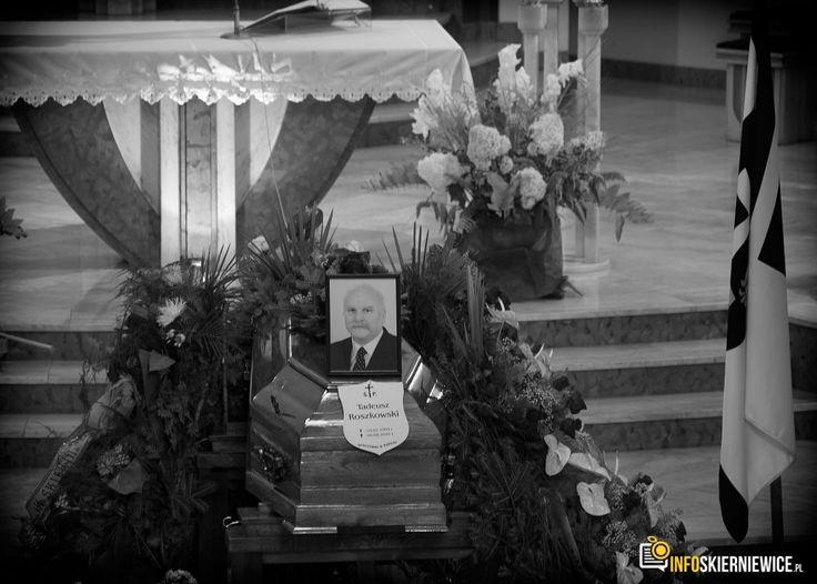 Bliscy, władze miasta i mieszkańcy #Skierniewic pożegnali radnego Tadeusza Roszkowskiego