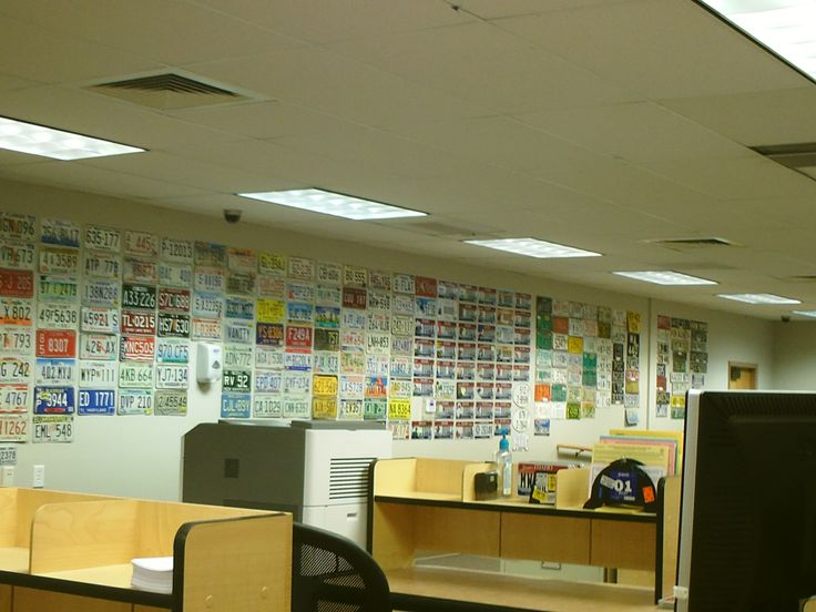 PT CANYON COUNTY DMV LICENSE PLATE WALL. OCT 15