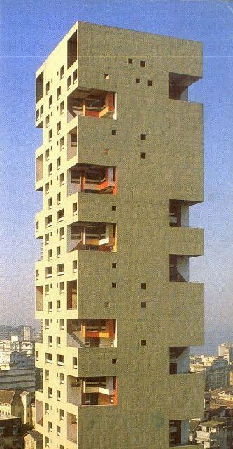 Charles Correa - Kanchanjunga Apartments