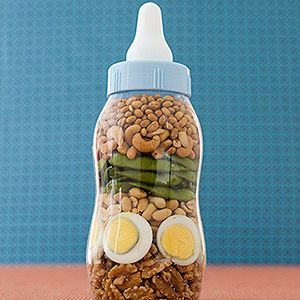 Babies With Food Allergies: learn the symptoms to watch for.