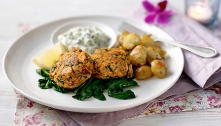BBC - Food - Recipes : Crab and salmon fishcakes with homemade tartare sauce