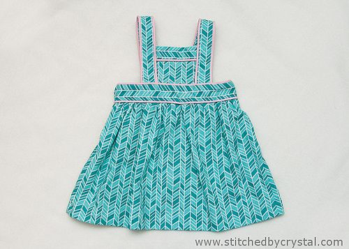 Let me introduce you to the 'Design Your Own Pinny' byBOO! Designs. Design your own??? I'm sure many of you are scratching your head and thinking, this is too hard for me.... BUT WAIT!!! It isn't too hard at all, and is the perfect stepping stone if you have always wanted to be able to adju