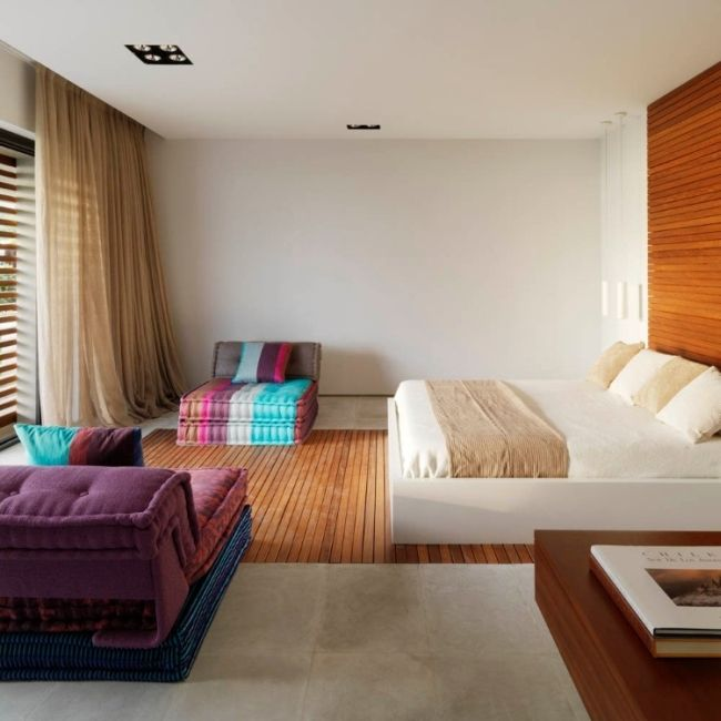 Susanna Cots Completed The Design Of Pure White House A Modern Residence  Located In Almunecar Granada