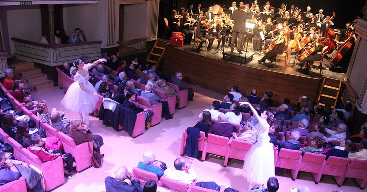 MOTRIL.La ciudad vivió este miércoles un Concierto de Año Nuevo memorable gracias a la Joven Orquesta del Sur de España, agrupación sinfónica de referencia de la
