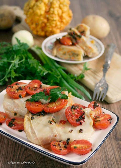 Gołąbki z ziemniakami i dynią, z dodatkiem pikantnych pomidorów