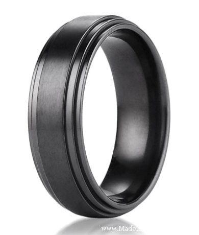 Nice Benchmark Black Titanium Men us Wedding Ring with Step Down Edges