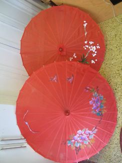 $40 2 x RED CHINESE UMBRELLAS Oriental Parasols 55x80cm Text 0411691171 or email info@bitspencer.com