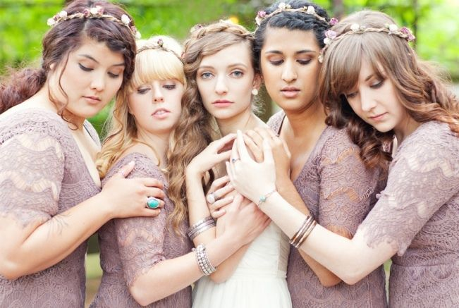 Sweet Violet Bride - http://sweetvioletbride.com/2013/01/oregon-woodland-chic-wedding-from-amanda-photography/
