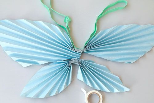あそび育     画用紙で作る妖精の翼