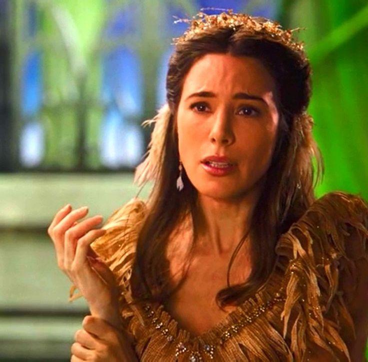 Jaime Murray as Fiona  ONCE UPON A TIME — THE BLACK FAIRY