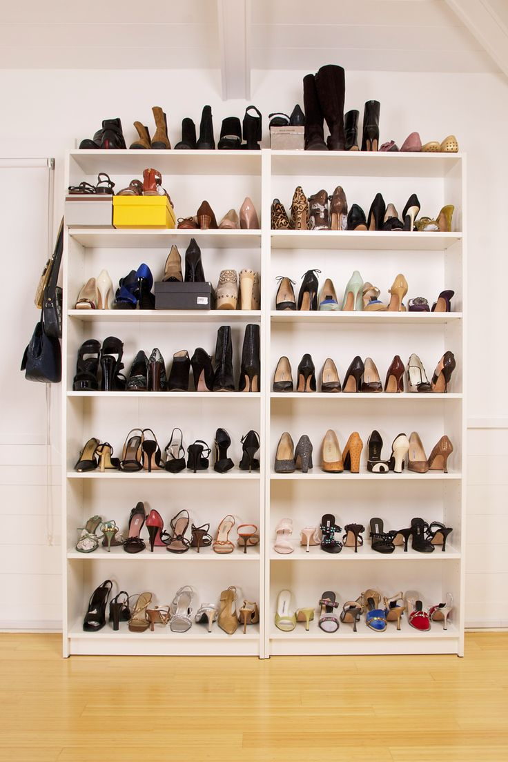 Best 25 closet shoe storage ideas on pinterest shoe for Closet de madera para zapatos