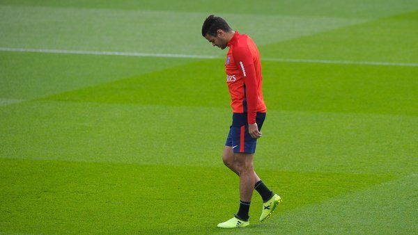 Cet été, Hatem Ben Arfa a fait le choix de rester au PSG, tout en sachant qu'il n'allait pas jouer. Un choix que ne comprend pas le journaliste Bruno Salomon.