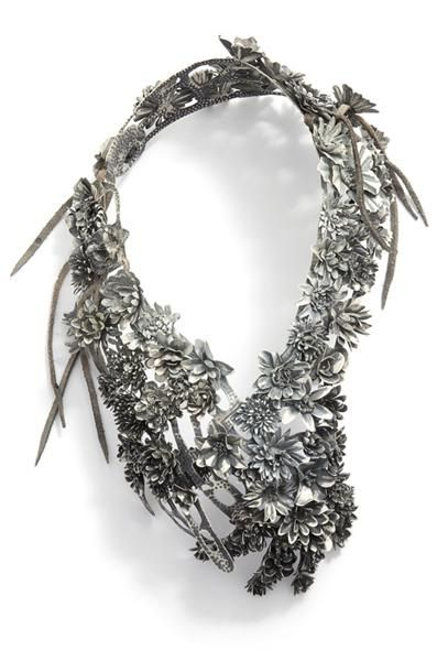 Hanna Hedman, Black Bile, 2013, necklace, silver, copper, leather, paint, 420 x 260 x 120 mm, photo: Sanna Lindberg