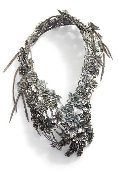 Hanna Hedman, Black Bile, 2013, necklace, silver, copper, leather, paint, 420 x 260 x 120 mm, photo: Sanna Lindberg