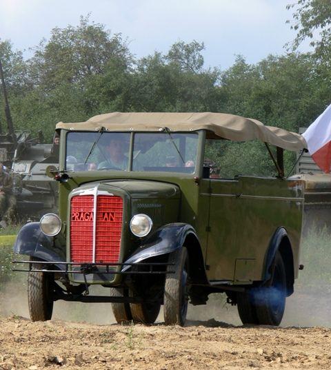 Ze silnic ČSR | Staré náklaďáky