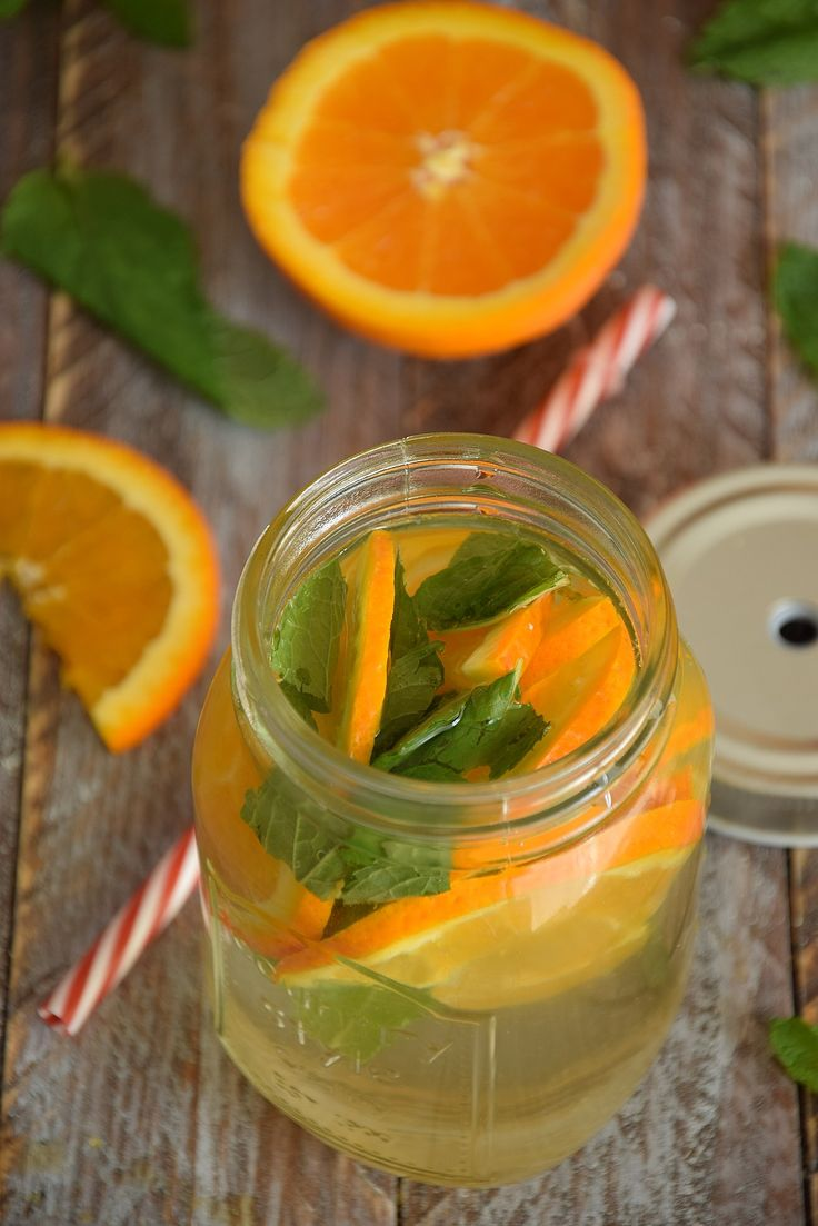 eau aromatisée orange et menthe