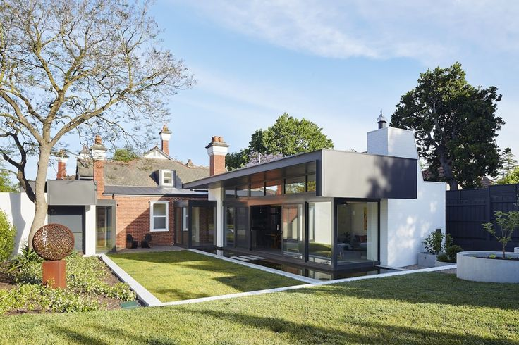 These architects extended this home while paying respect to the existing Edwardian architecture