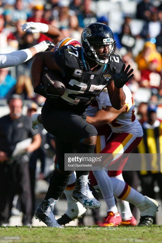 Jacksonville Jaguars Running Back Leonard Fournette Runs With The Jacksonville Jaguars Jaguars Jacksonville
