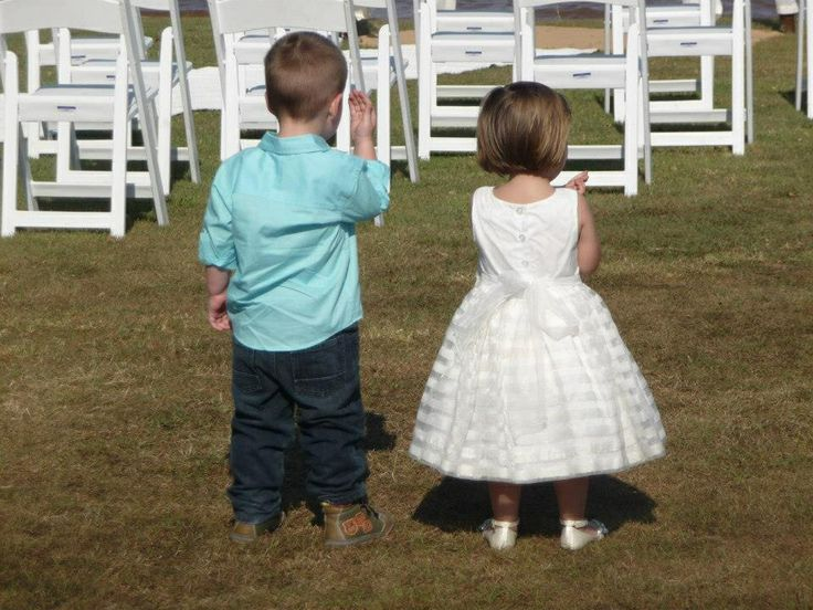 Love this photo at Mark and Julie Mays wedding - Chasely and Matthew.