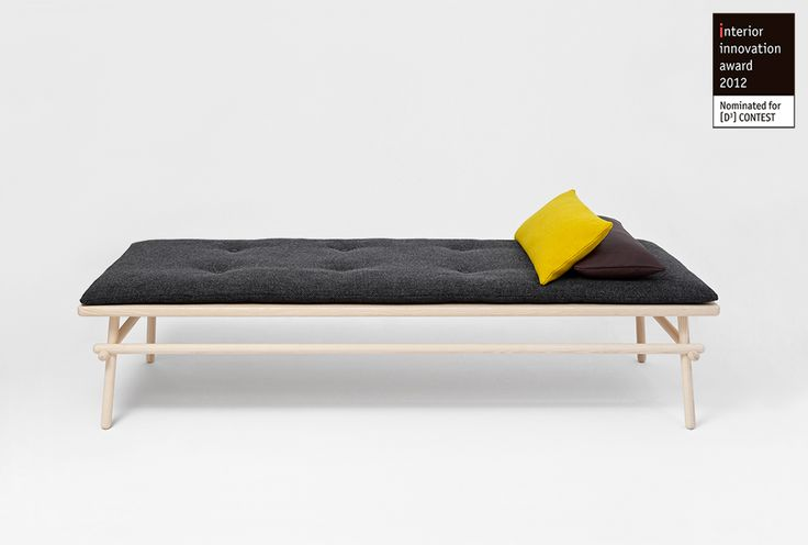 PAUSE / DAYBED : andreas mikutta