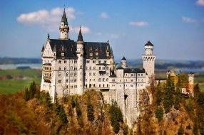 Castle Neuschwanstein обои для рабочего стола 3008x2000 castle, neuschwanstein, города, замок, нойшванштайн, германия, лес, шпили, башни