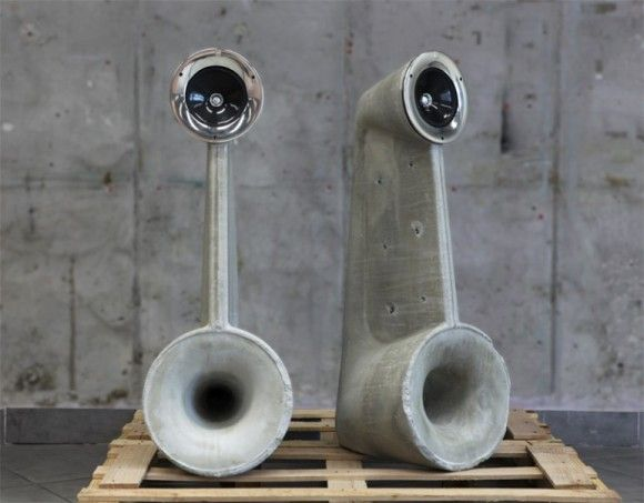 Love the look of these exposed concrete speakers by Shmuel Linski
