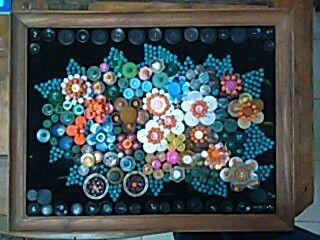 Artesanía con botones y cuentas