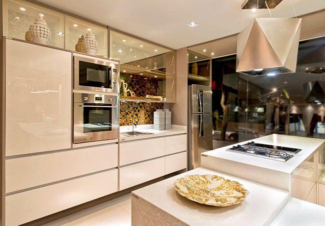 Cozinha nobre e funcional - Revista Vidro Impresso