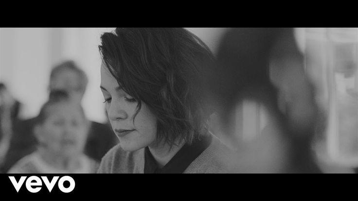 Natalia Lafourcade - Alma Mía (En Manos de Los Macorinos)