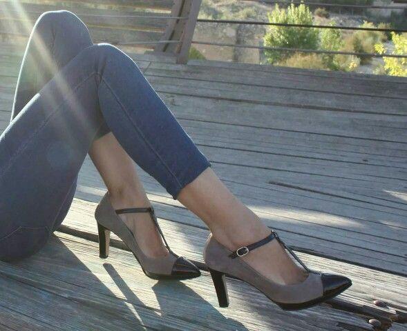 En cualquier evento pisa fuerte...sintiendo el #confort y la alta #calidad de zapatoselda.com