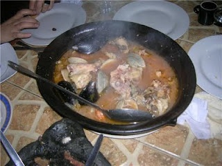 Los Olivares, plateadas, chancho en piedra con pan amasado y pollo mariscal en Talca, VII Región.
