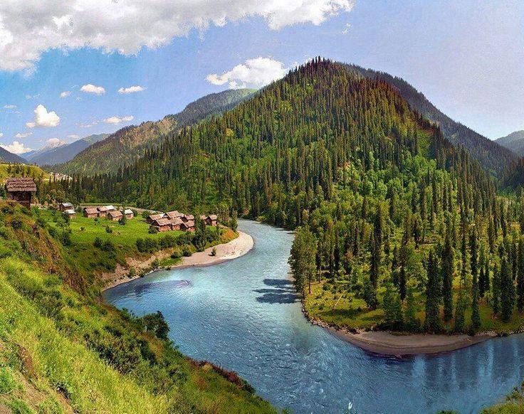 The Beautiful Halmet Village In Neelam Valley Azad Kashmir Pakistan Amazing Pakistan