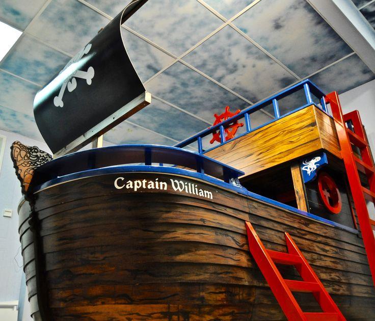 ber ideen zu piratenschiff bett auf pinterest. Black Bedroom Furniture Sets. Home Design Ideas