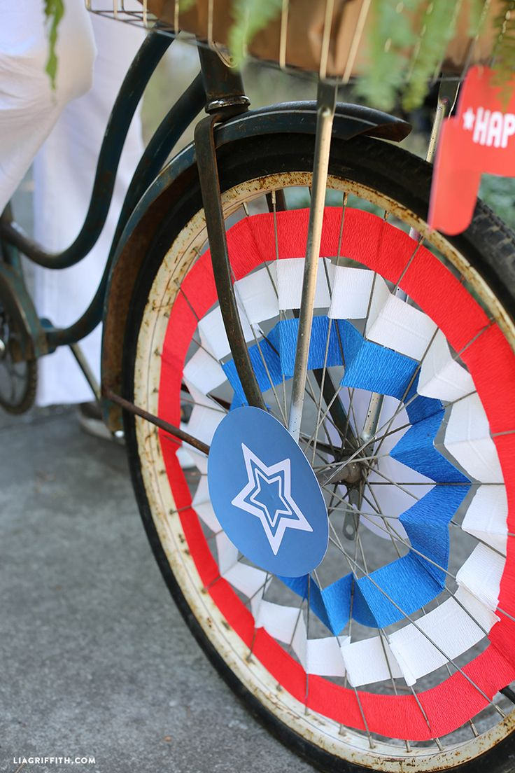 Tips and tricks, inspiration and ideas for 4th of July bike decorations. Get involved in the parade this year by decorating your bike and joining with in with the celebration!