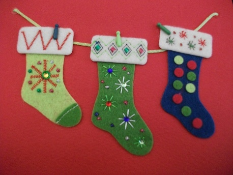 Google Image Result for http://itsmeandthemoon.files.wordpress.com/2011/12/christmas-cards.jpg%3Fw%3D520