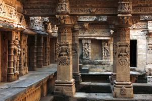 10 Amazing Attractions and Tourist Places in Gujarat: Rani ki Vav (the Queen's Stepwell), Patan